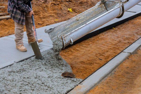 Can You Pour Concrete in the Rain? Pouring Concrete in the ...